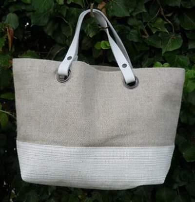 sac vanessa bruno blanc toile sac blanc michael kors sac adidas ac airline blanc noir bleu. Black Bedroom Furniture Sets. Home Design Ideas